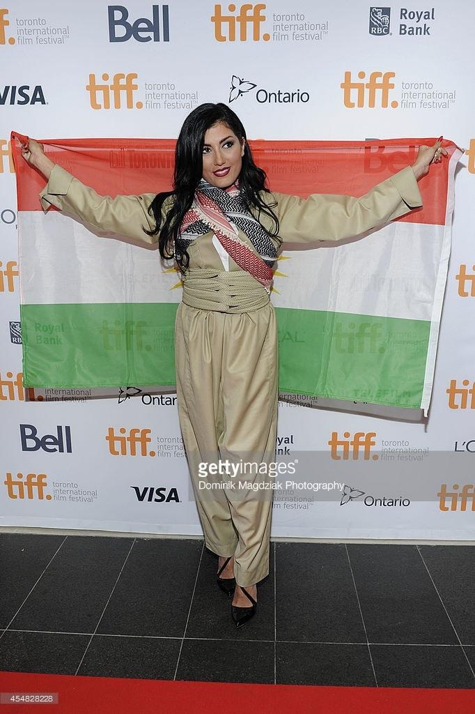 helly luv kurdistan bayrakli